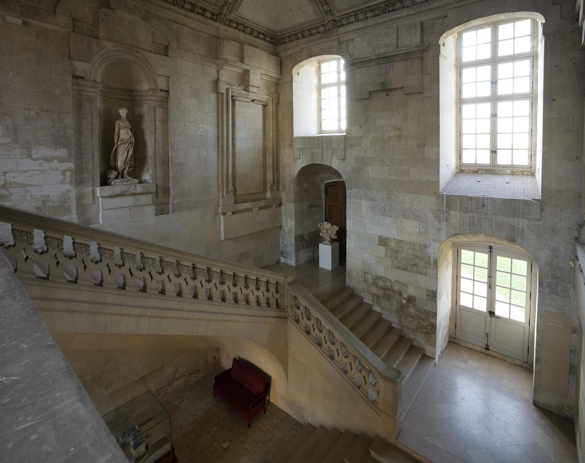 a history of chateau de blois Chateau royal de blois  the town of art and history label constitutes a guarantee of high-quality activities, events and visits of the blois monuments.
